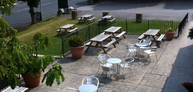 pub-outside